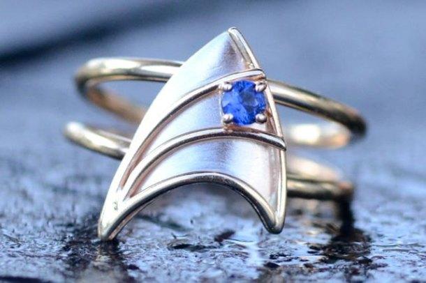 Insignia Ring