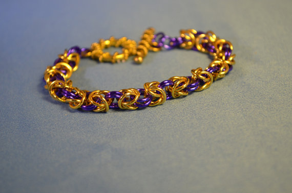 I haven't gotten the hang of chain maille myself, but I love the colors in this bracelet by Jewels by PC