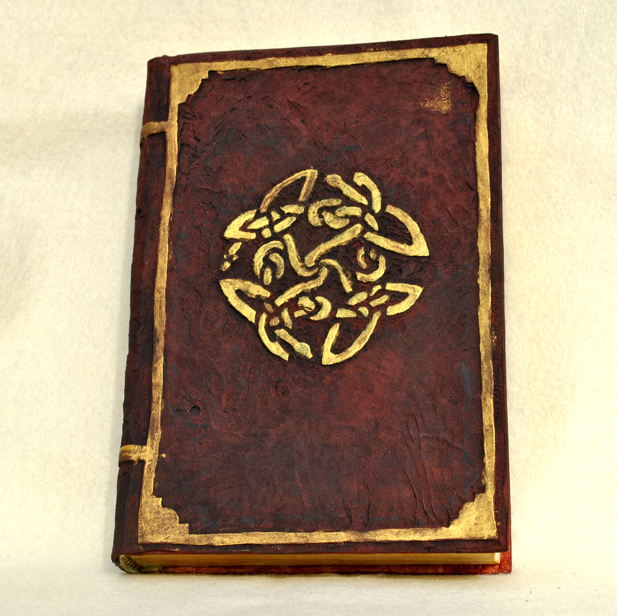 Fake Old Book Safe | Wyrd Cynthia: The Crafty Geek