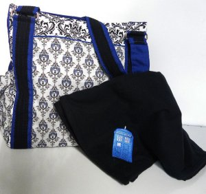 And you can't forget mama with all the baby craze. Here's a great diaper bag set, to carry everything in Whovian style.